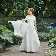 Wedding photographer Evgeniya Krasovskaya (alessa-white). Photo of 12.08.2014