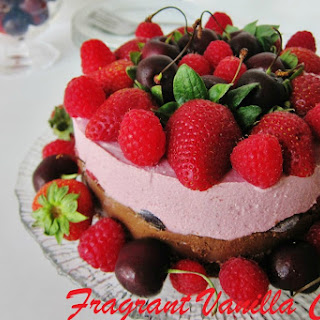 Raw Chocolate Ruby Cheesecake [Vegan, Raw, Gluten-Free]
