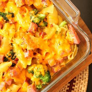 Cheesy Broccoli & Ham Pasta