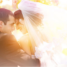 Wedding photographer Armen Amiryan (AMIRYAN). Photo of 06.08.2013