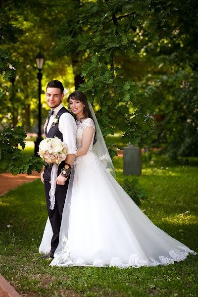 Свадебный фотограф Анна Жукова (annazhukova). Фотография от 15.07.2019
