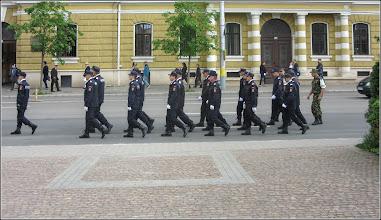 """Photo: Cluj-Napoca - Piata Avram Iancu, parada militara,  """"Cu muzică, înainte marș!""""  - 2018.04.27"""