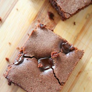 Simple & Easy Chocolate Chips Brownies.