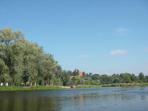 Photo: w oddali zabytkowy kościół w Inowłodzu
