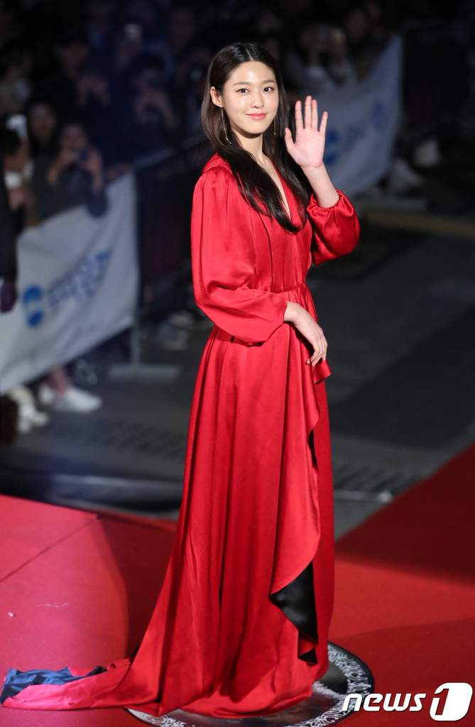 seol gown 31