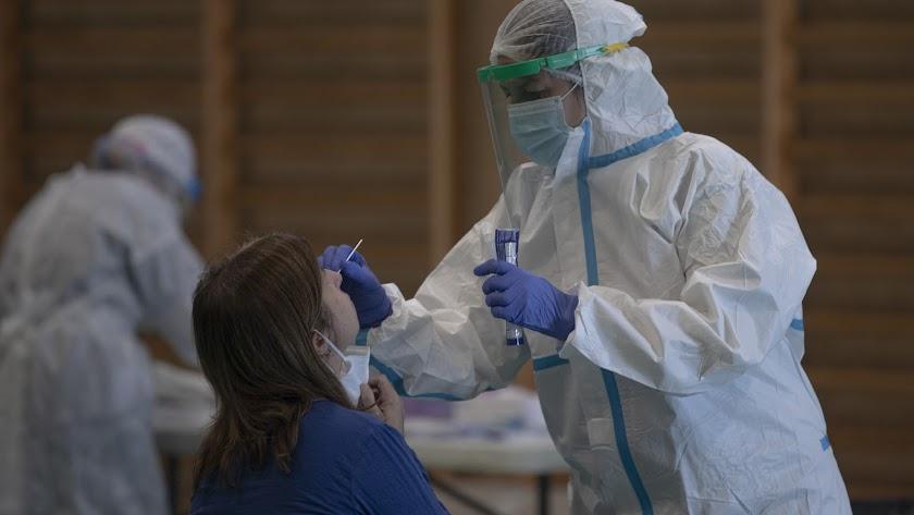 Los contagios de coronavirus siguen aumentando en Almería.