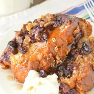 Slow Cooker Blueberry Crunch French Toast