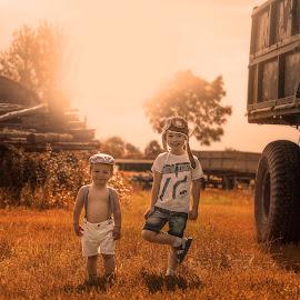 Countryside trip by Piotr Owczarzak - Babies & Children Children Candids ( holiday, countryside, summer, boy, childrens, sun )