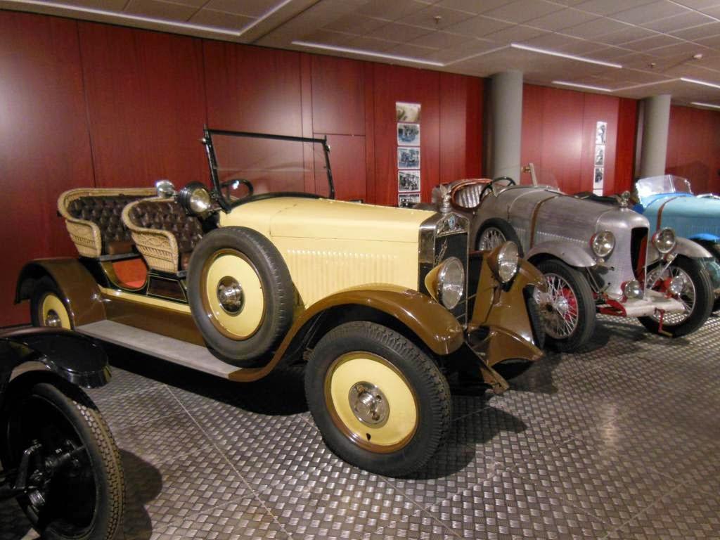El Museo de Historia de la Automoción de Salamanca fue inaugurado por los Reyes de España