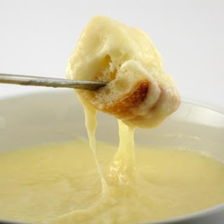 Melting Pot Cheddar Cheese Fondue