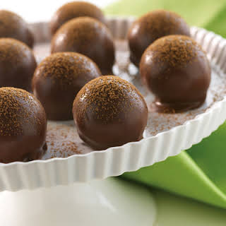 NESTLÉ® TOLL HOUSE® Chocolate Chip Cookie Truffles.