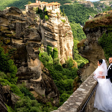 Wedding photographer Slagian Peiovici (slagi). Photo of 26.03.2018