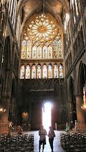 Photo: Das weltberühmte Rosettenfenster in der Kathedrale Metz,  ähnlich wie in der Kathedrale von Palma de Mallorca,  hab ich Anf. der 60er schon einmal fotografiert.