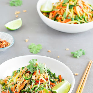 Easy and Healthy Pad Thai Zoodles.