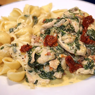 20 min family meal: Sundried tomatoes with chicken breast, spinach in cream sauce recipe