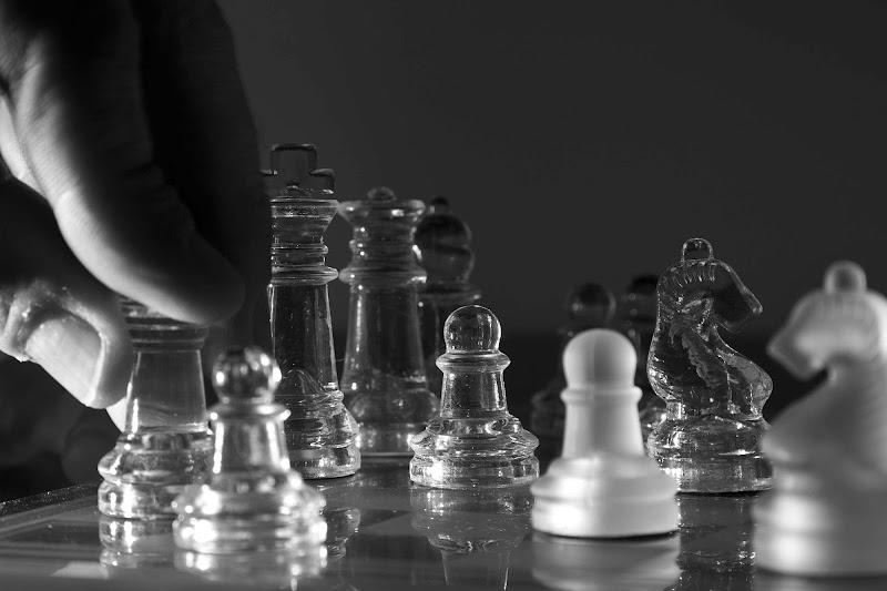Gli scacchi: uno sport riconosciuto dal Comitato Olimpico Internazionale. di Giovanni De Luca