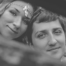 Wedding photographer Elena Nikolaeva (springfoto). Photo of 03.07.2014