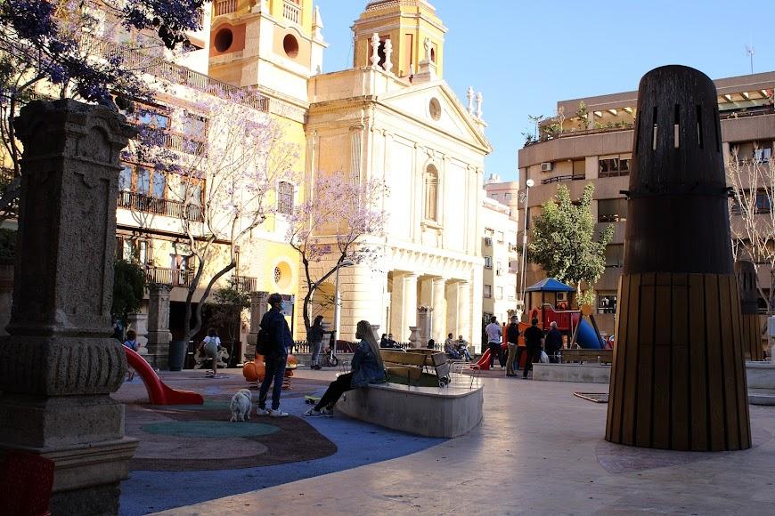 Parque Infantil de Plaza de San Pedro.