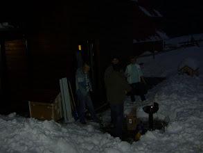 Photo: Sambata seara, incercam sa aprindem focul pentru gratare