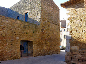Photo: paret del castell de Verges