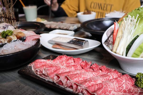 新竹北區|石研室~百變創新質感系石頭鍋! 火焰蒜香黃金蝦、澳洲M9+和牛的饕客級享受~