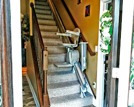 Photo: Checkout out this Stairlift! This is the Elan...our best selling model with the Hinged-Rail upgrade. Built in the USA by Bruno Independent Living Aids and installed by our factory trained & certified Safe Living Specialists.  See how the Hinge works: https://plus.google.com/100288693667901624685/posts/hCR13K4Mqi6  #Stairlifts #Mobility123 #SafeLiving #AgeInPlace