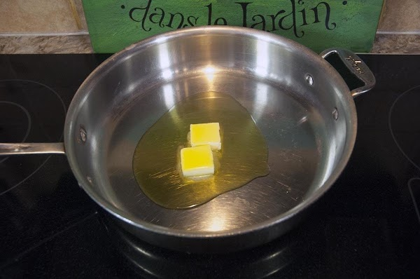 Add the butter and olive oil to a sauté pan over medium heat.