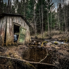 Time goes by by Kjell Kasin - Buildings & Architecture Decaying & Abandoned ( samyang, sweden, building, old, wideangle, d610, house, nikon, arvika, abandoned )