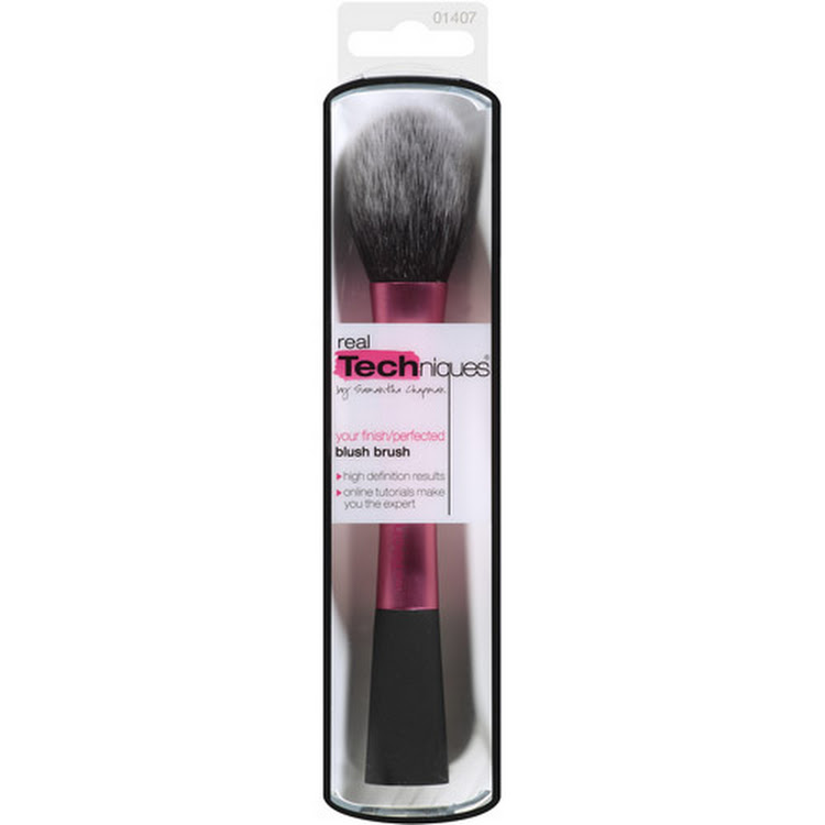 REAL TECHNIQUES Blush Brush by Supermodels Secrets