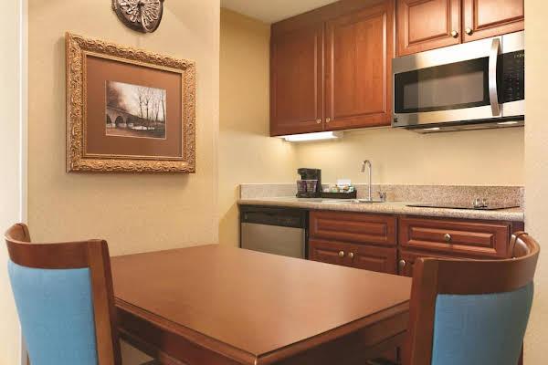 Homewood Suites by Hilton Detroit-Troy