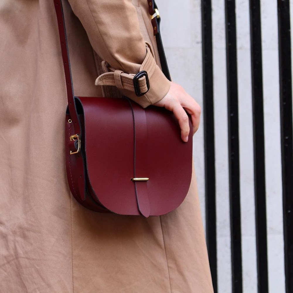 all-types-of-handbags-for-women_saddle