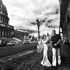 Wedding photographer Volodymyr Ivash (skilloVE). Photo of 14.01.2014