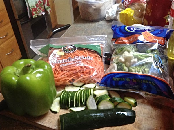 These are some of the main ingredients used in this dish.