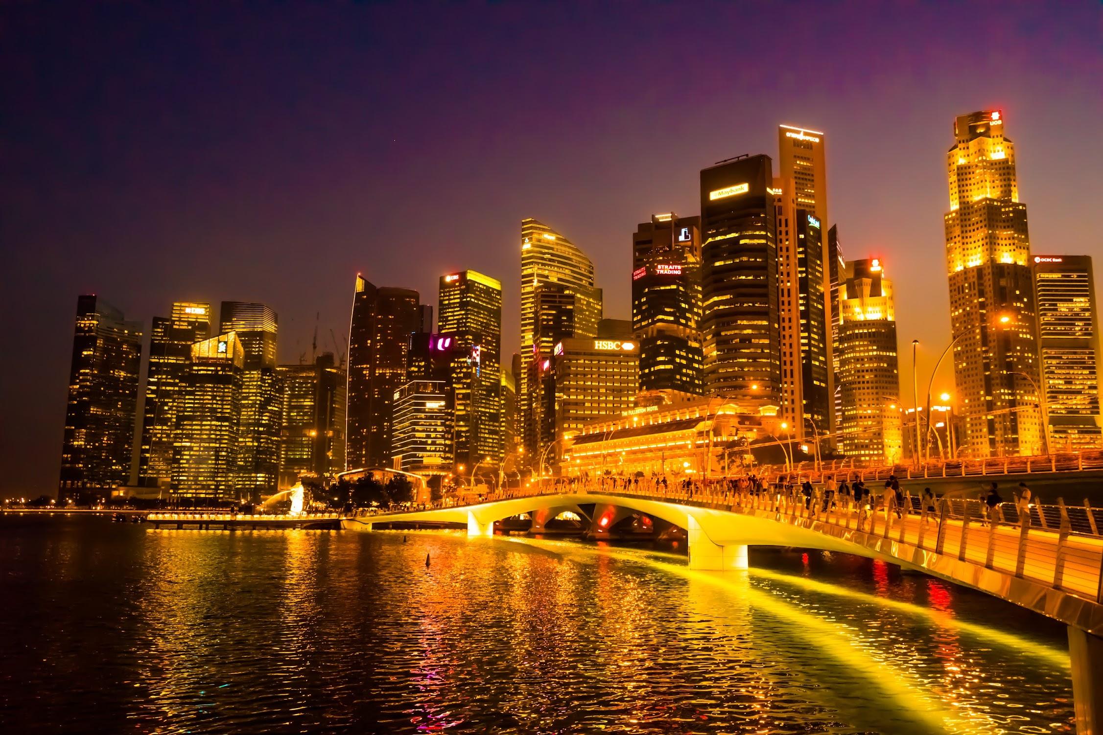 シンガポール フラトン・ホテル 夕景