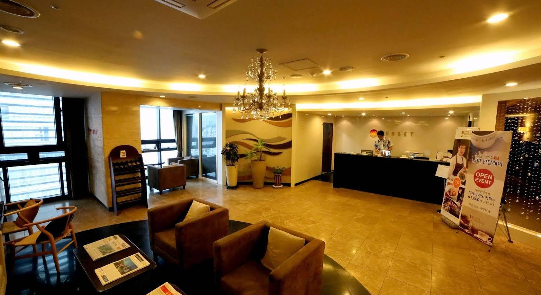 Sunset Business Hotel