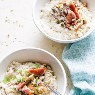 Healthy 5 Minute Almond Oatmeal