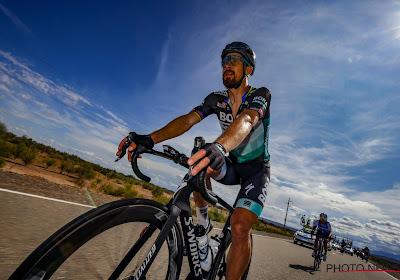 🎥 Artiest op twee wielen Sagan toont in afwachting van wegkoersen acrobatische kunstjes op mountainbike