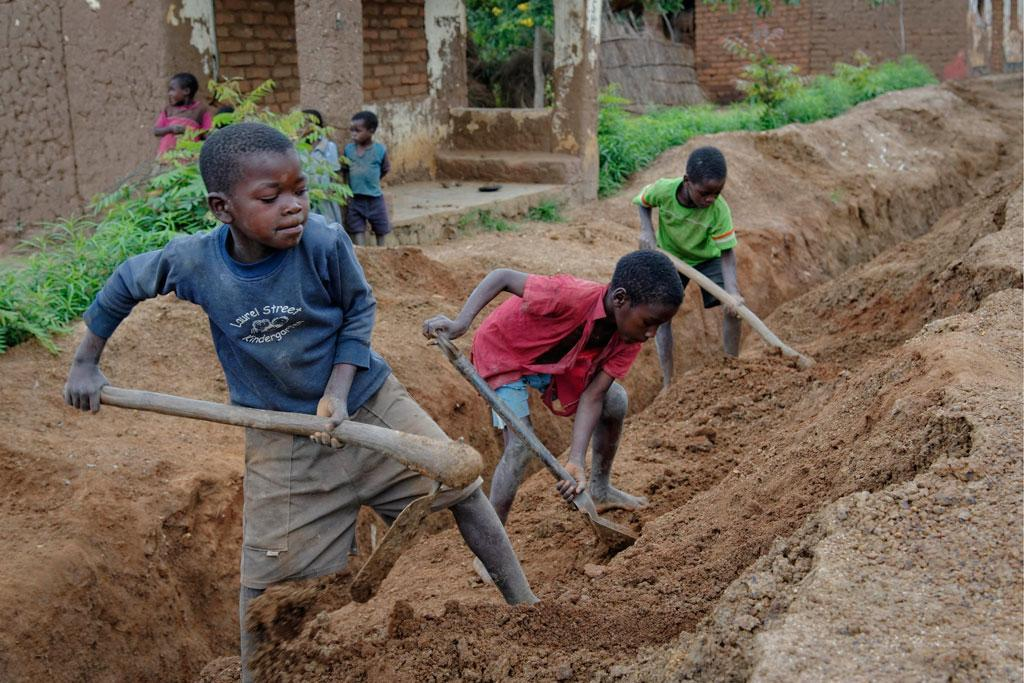 Εργατική Πρωτομαγιά-παιδική εργασία | Vaya33thes