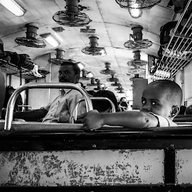Looks. by Zameer Pasha - City,  Street & Park  Street Scenes ( #blackandwhite #streets #trainseries #, #people #faces #looks #kids #bnw )
