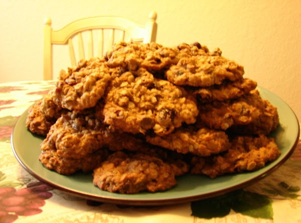 Oatmeal Craisins Dark Chocolate Chip Cookies Recipe