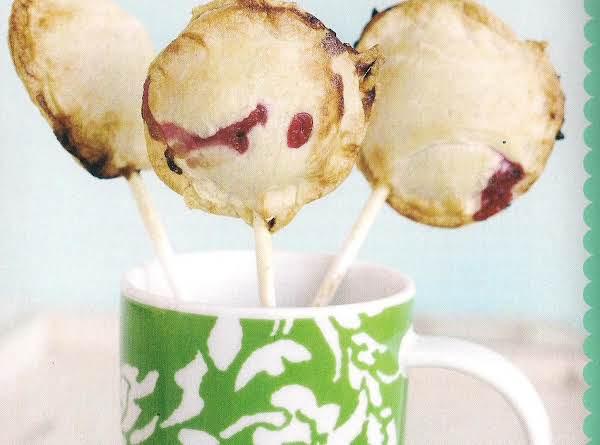 Cherry Almond Piepops