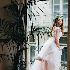 Wedding photographer Ulyana Lenina (UlichKulich). Photo of 08.12.2017