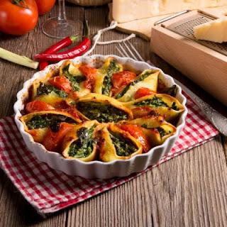 Spinach and Tomato Conchiglioni.