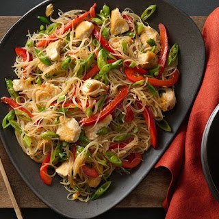 Singapore Noodles with Chicken.
