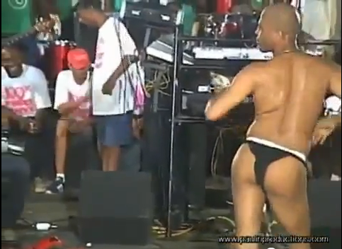 http://www.wehaitians.com/martelly%2012.png