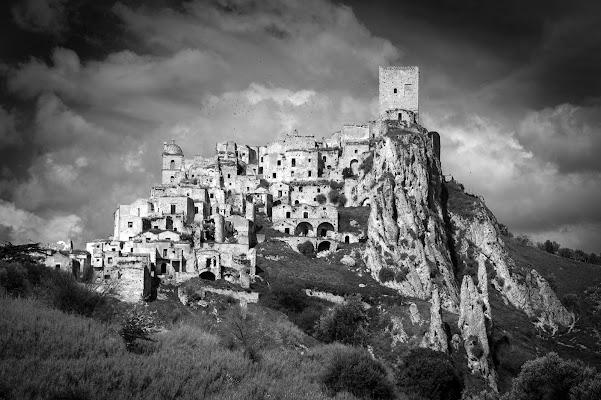 la città fantasma di Lucio Taranto