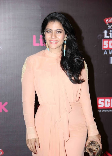 Kajol at Life OK Screen Awards 2013, Kajol at award show, Kajol in gown