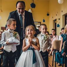 Wedding photographer Gábor Badics (badics). Photo of 11.09.2017