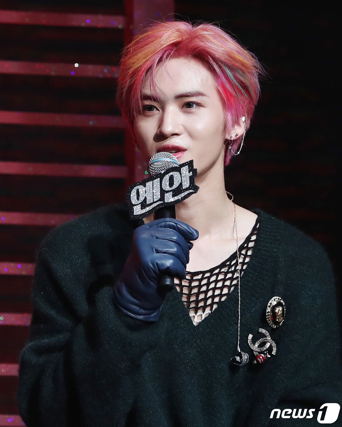 male kpop idol visuals y3
