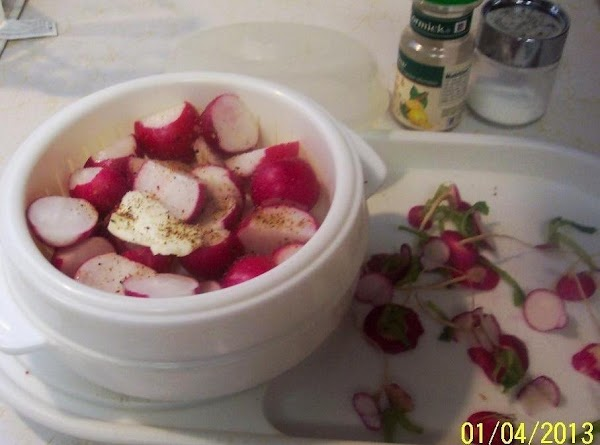 Clean and trim radishes.Cut larger one in half.Put in a steamer micro-wave covered dish...